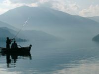 Angler im Morgengrauen