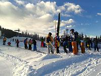Kinderskikurs mit Kinderbetreuung im Skigebiet