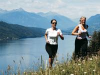 Läuferinnen in der Natur
